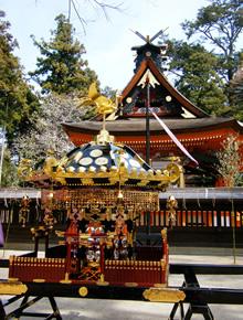 黒漆金銅装八角神輿